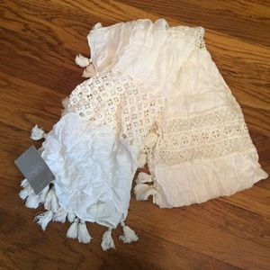 NWT Anthropologie White Lace and tassel Scarf